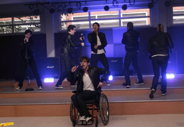 Kevin McHale takes centre stage and heat for playing wheelchair using Artie Abrams. Image from The Fox Network