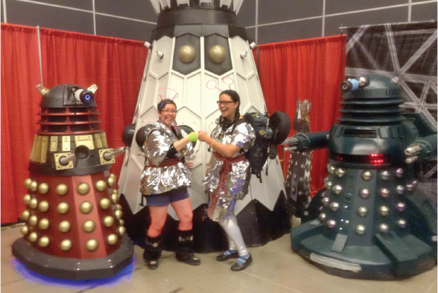 CHELSEA VOWEL, MOLLY SWAIN, AND SOME DALEKS AT COMICCON | Photo courtesy Métis in Space
